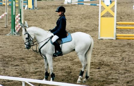 Beshmet competing with Jenni Siltakorpi