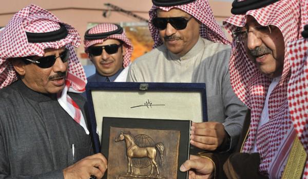 L-R: Mohammed bin Abdallah Bin Mohammed Al Subaie, Owner; Khalid Bin Abdallah Al Thoum, Head of Registration & Shows at KAAHC; HRH Prince Faisal Bin Abdallah Bin Mohammed Al Saud